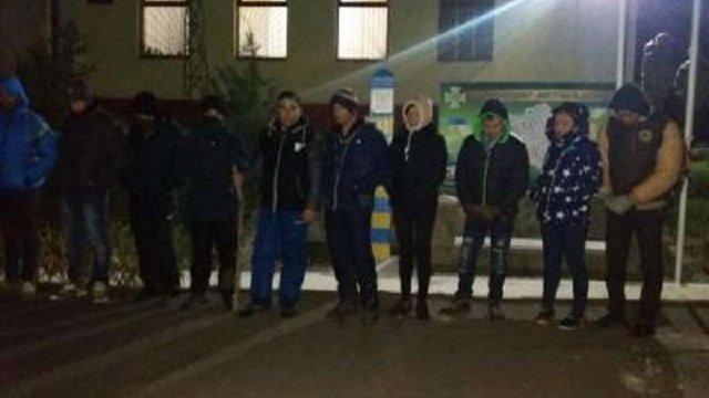 На Закарпатті затримали 22 нелегалів, які намагалися потрапити до ЄС