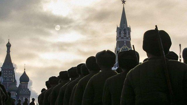 У Москві проводять військовий парад зразка 1941 року