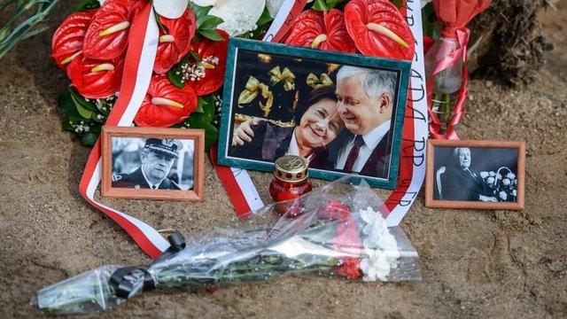 Польща заявила про масові помилки російських експертів у розслідуванні Смоленської катастрофи