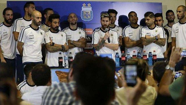 Збірна Аргентини на чолі з Ліонелем Мессі оголосила бойкот журналістам
