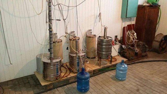 На Львівщині співробітники ДФС вилучили незаконну партію алкоголю вартістю ₴300 тис.
