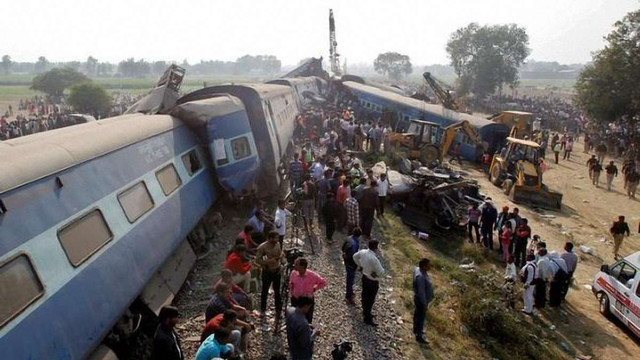 Кількість жертв залізничної катастрофи в Індії зросла до 120 осіб