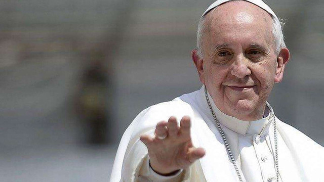 Папа Франциск дозволив католицьким священикам прощати гріх аборту