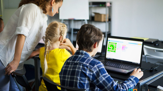 Львівські школи долучаться до світової програми вивчення програмування