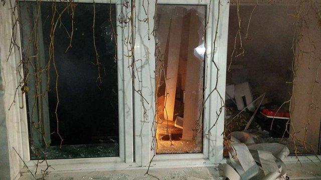 У Києві побили вікна в офісі Медведчука та «Сбербанку»