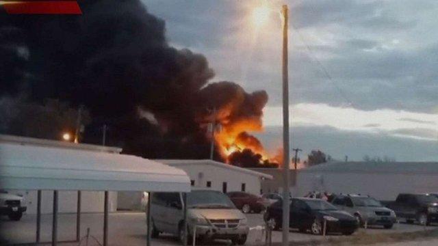 Внаслідок вибуху на хімічному заводі в США оголосили евакуацію жителів міста