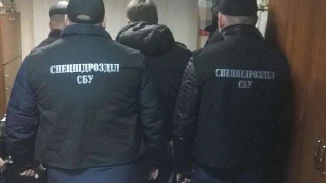 В Одесі затримали на хабарі працівника дозвільної системи поліції