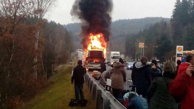 У Чехії вщент згорів автобус, яким їхали українці