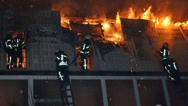 В Одесі під час пожежі в новобудові вигоріло 10 квартир