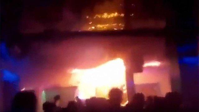 Львівська поліція розслідує напад на рятувальників під час гасіння пожежі в клубі МІ100