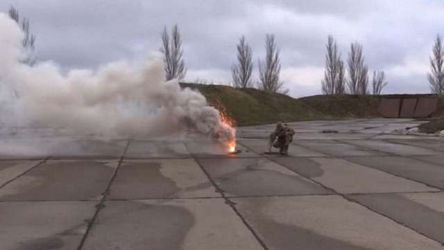 Українські військові в зоні АТО провели тренування із маскування об'єктів