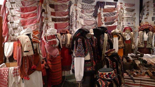 У Львові відкрився приватний музей автентичного українського одягу