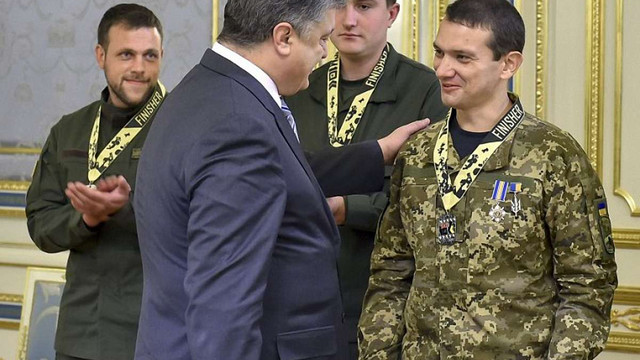 Порошенко призначив уповноваженого з питань реабілітації поранених учасників АТО