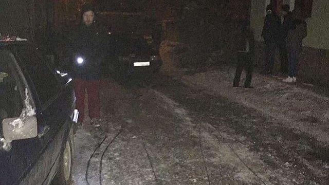 У Жовкві ціла вулиця залишилась знеструмленою через нетверезого водія