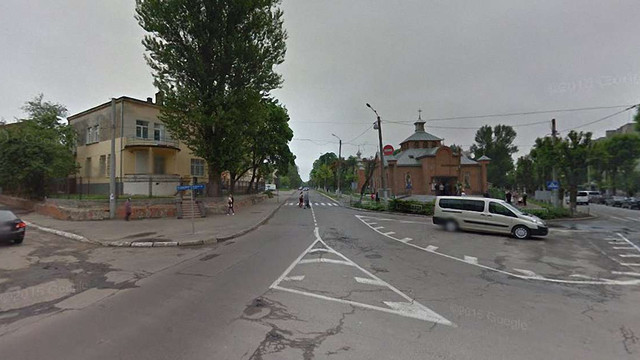 На перехресті вулиць Тернопільської та Угорської у Львові облаштують автомобільне кільце