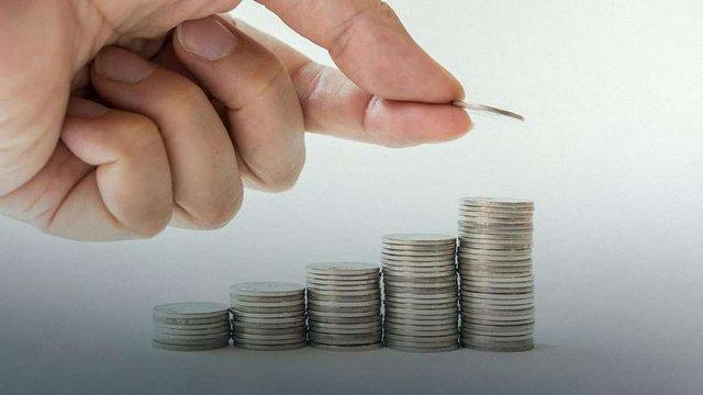 Податки українських заробітчан у Польщі утримують польських пенсіонерів