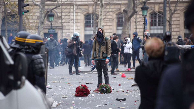Журналіст Charlie Hebdo пожартував про майбутнє Франції в руках маріонетки Путіна
