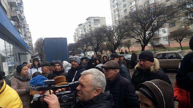 Через протести мешканців у Львові перевірять ремонт супермаркету «АТБ»