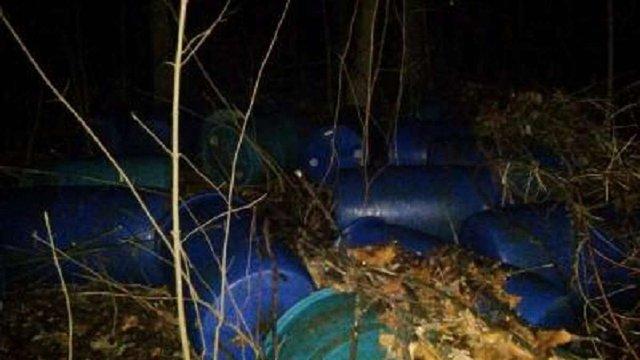 Біля кордону на Буковині виявили 4,5 тис. літрів контрабандного спирту