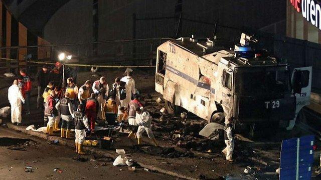 У центрі Стамбула стався подвійний теракт: 29 осіб загинуло, понад 160 поранено