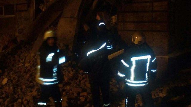 У Чернігові обвалилася будівля гуртожитку, є постраждалі