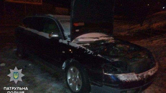 У Львові затримали п'яного зловмисника під час крадіжки з автомобіля