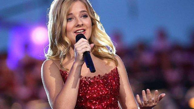Гімн на інавгурації нового президента США виконає співачка українського походження