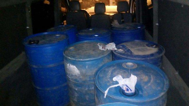Правоохоронці виявили майже 3 тис. літрів спирту у Вінницькій області