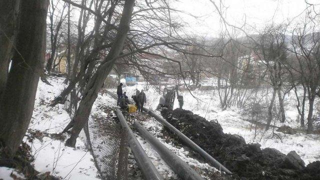 У Винниках почали ремонтувати каналізаційну мережу