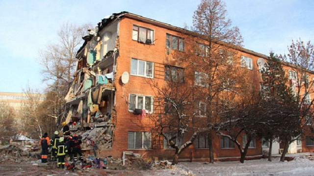 Суд наклав арешт на зруйнований гуртожиток у Чернігові