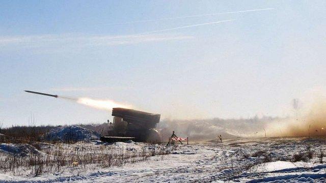 На Луганському напрямку російсько-терористичні війська застосували «Гради»