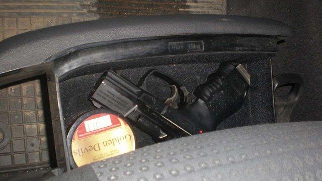 У Шегинях у двох поляків вилучили зброю