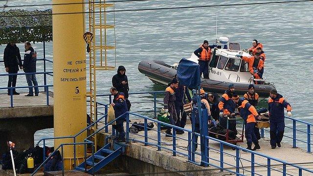 Рятувальники знайшли «чорну скриньку» російського Ту-154, який розбився у Чорному морі
