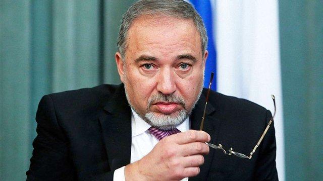 Міністр оборони Ізраїлю закликав євреїв виїхати із Франції
