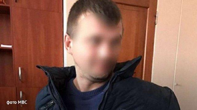 Підозрюваного в подвійному вбивстві на Одещині арештували без права застави