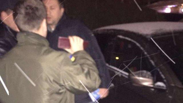 Помічника народного депутата затримали у Львові на хабарі у ₴140 тис.