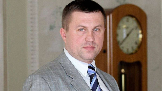 Стало відоме прізвище затриманого на хабарі у Львові помічника народного депутата