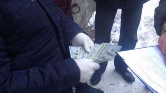 У Львові на хабарі затримали працівника відділу господарського забезпечення облуправління СБУ