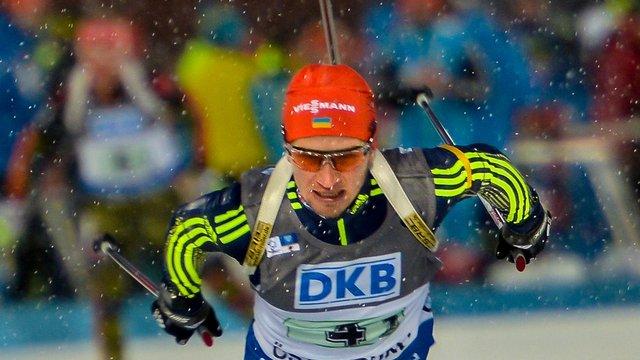 Біатлоніст Сергій Семенов фінішував у топ-15 спринтерської гонки
