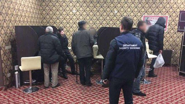 На Львівщині поліція викрила два підпільні ігрові клуби