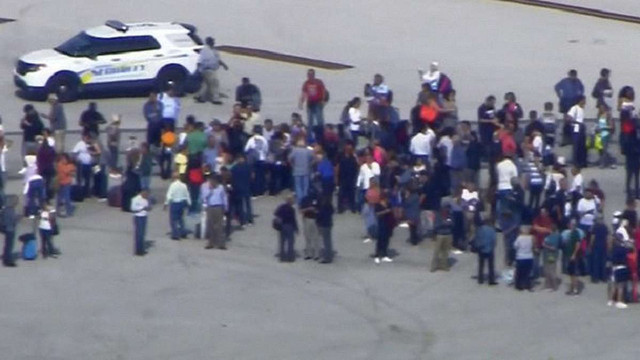 Унаслідок стрілянини в аеропорту Флориди загинули люди