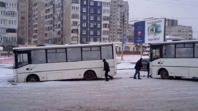 Проблеми з громадським транспортом у Львові пояснили низькою температурою