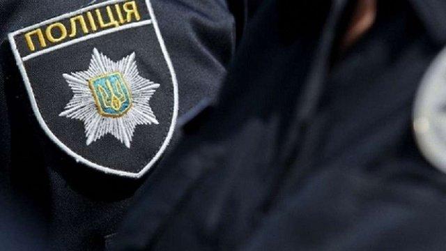 У Маріуполі п'яний пасажир автобуса побив поліцейського за зауваження