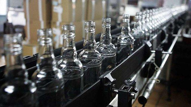 Найбільший російський виробник горілки заявив про банкрутство