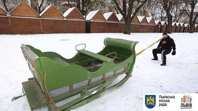 Львівський силач Олег Скавиш задля благодійності тягнутиме зубами сани