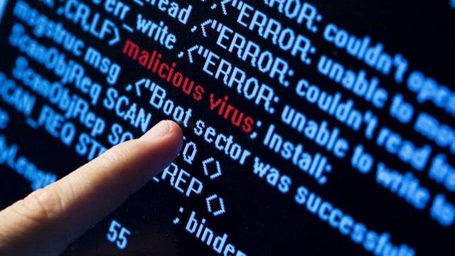 Кіберполіція виявила новий вірус, який краде банківську інформацію з телефонів