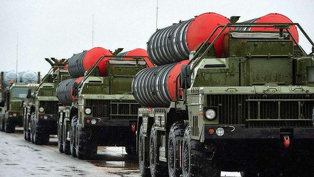 РФ збирається посилити повітряну оборону окупованого Криму системами С-400 «Тріумф»