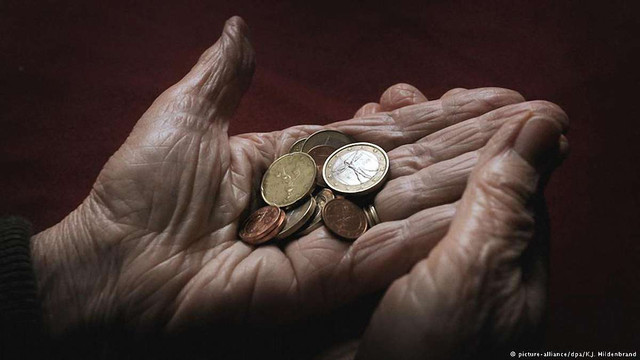 Вісім найбагатших мільярдерів світу мають більше грошей, ніж половина населення Землі