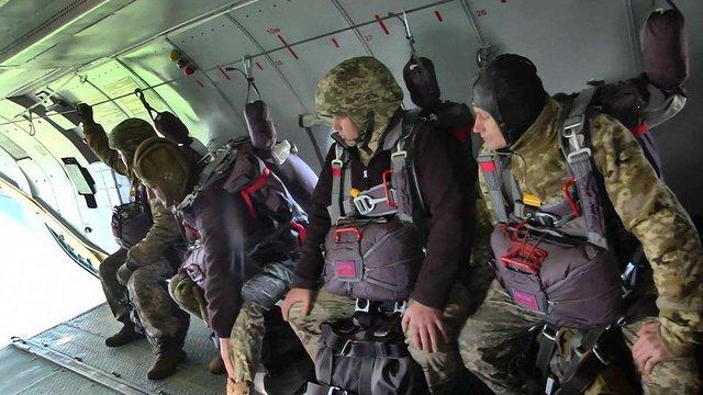 ЗСУ прийняли на озброєння десантну парашутну систему Dedal
