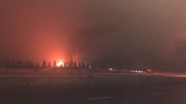 На львівському іподромі вночі згорів автобус